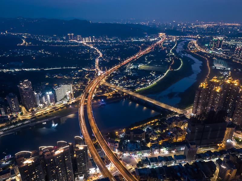 新北市の空撮夜景