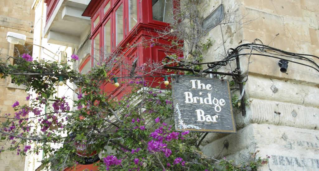 Uit eten in Valletta, Malta: The Bridge Bar, Valletta | Malta & Gozo