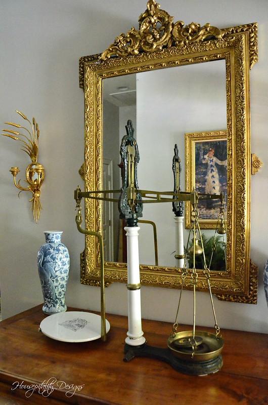 Foyer-Housepitality Designs
