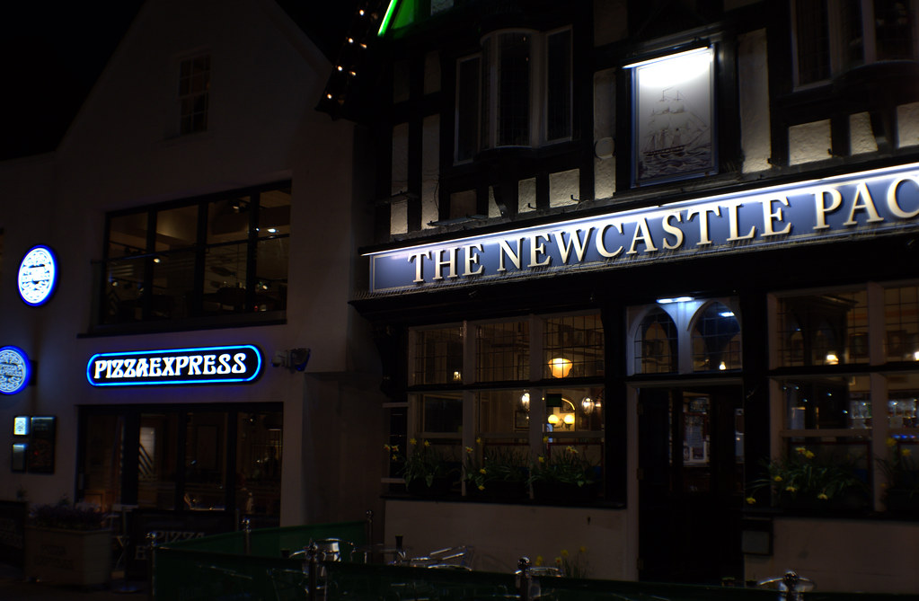 The Newcastle Packet Pub In Scarborough At Night The Newc