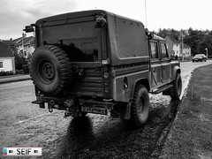 Land rover defender East kilbride  Scotland 2017