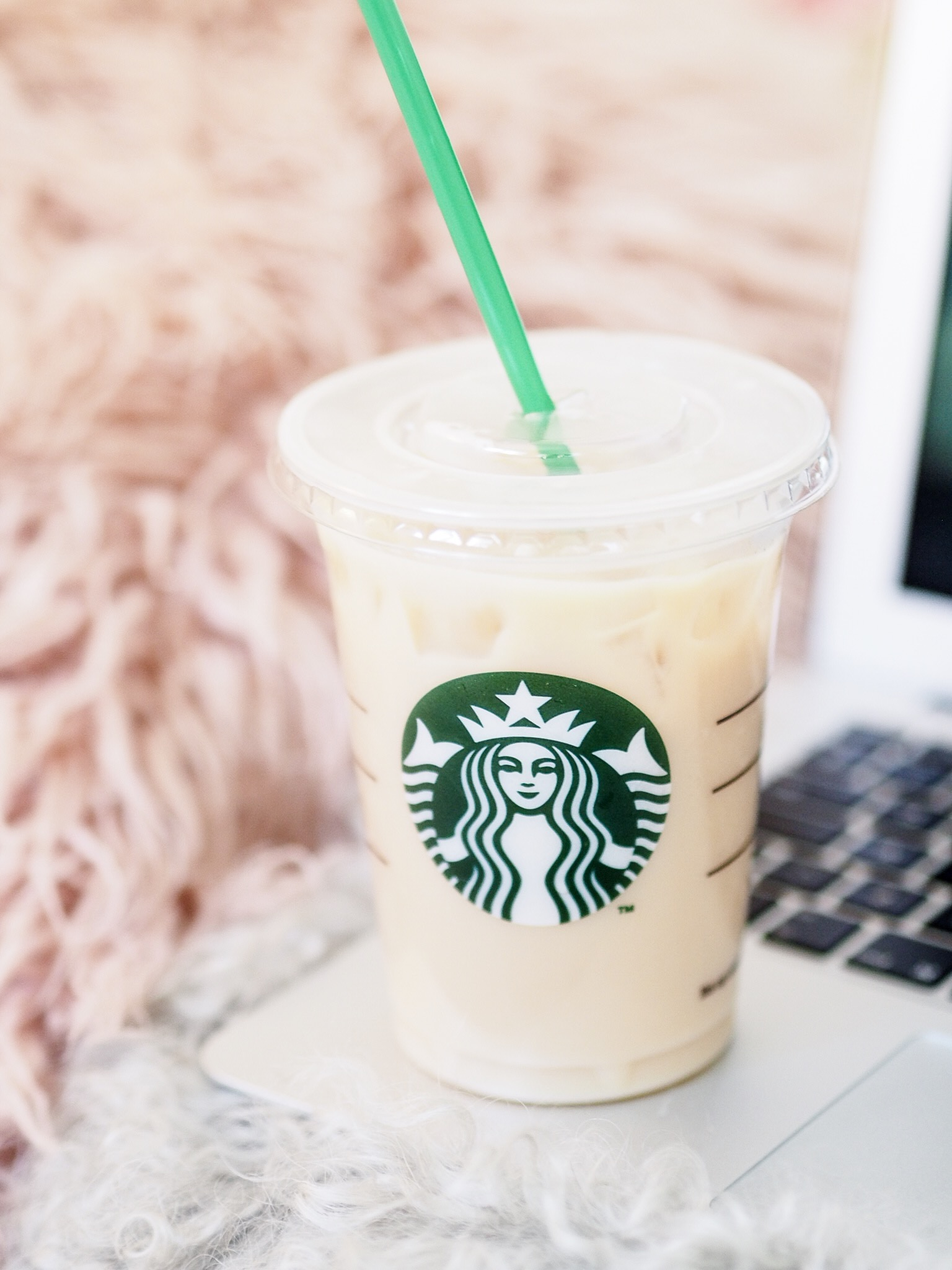 Starbucks Vanilla Chai Latte