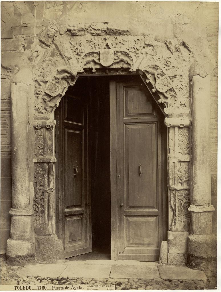Palacio de Peromoro en la Calle del Instituto hacia 1870. Fotografía de Jean Laurent.