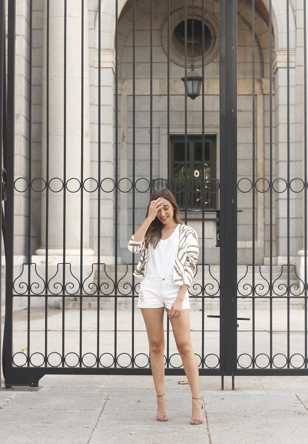 white sequin jacket white denim shorts sandals summer outfit street style 201803