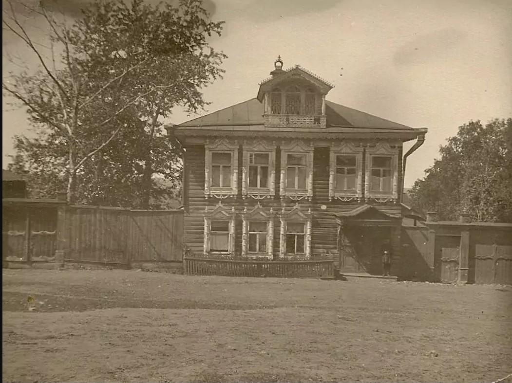 Дом Калинина Георгия Тимофеевича на Кладбищенской улице