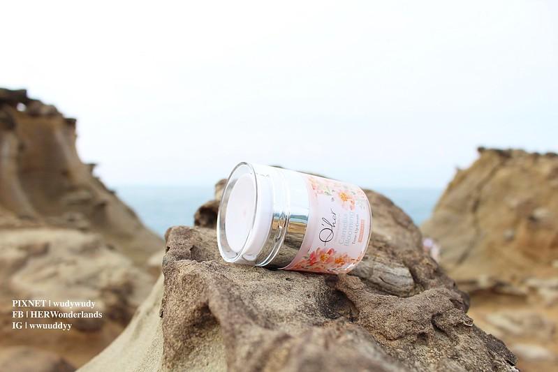 Qher 植感山茶花系列 保濕洗卸慕斯 提亮粉嫩素顏霜11