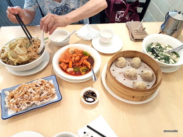 Golden Shanghai Restaurant Food
