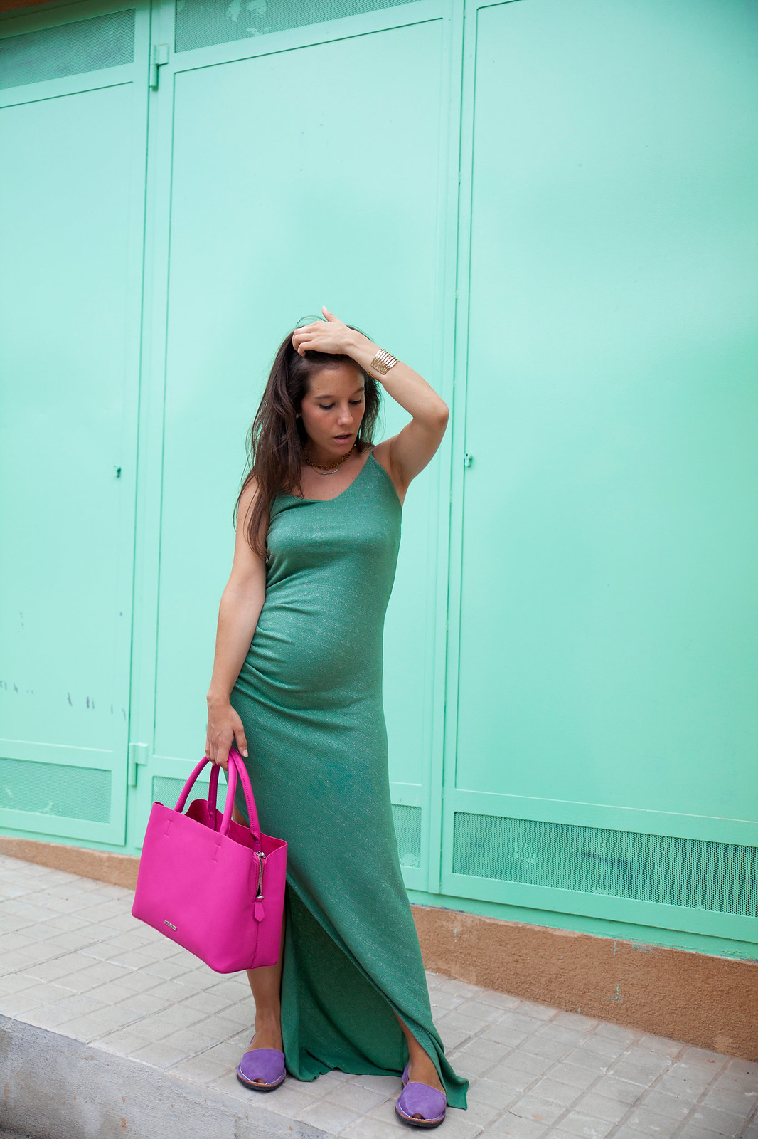 09_Vestido_turquesa_largo_outfit_embarazada_influencer_barcelona_theguestgirl_long_dress_mint