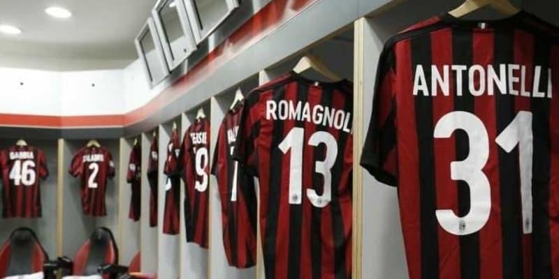 Orang Kaya Fans Juventus Selamatkan AC Milan
