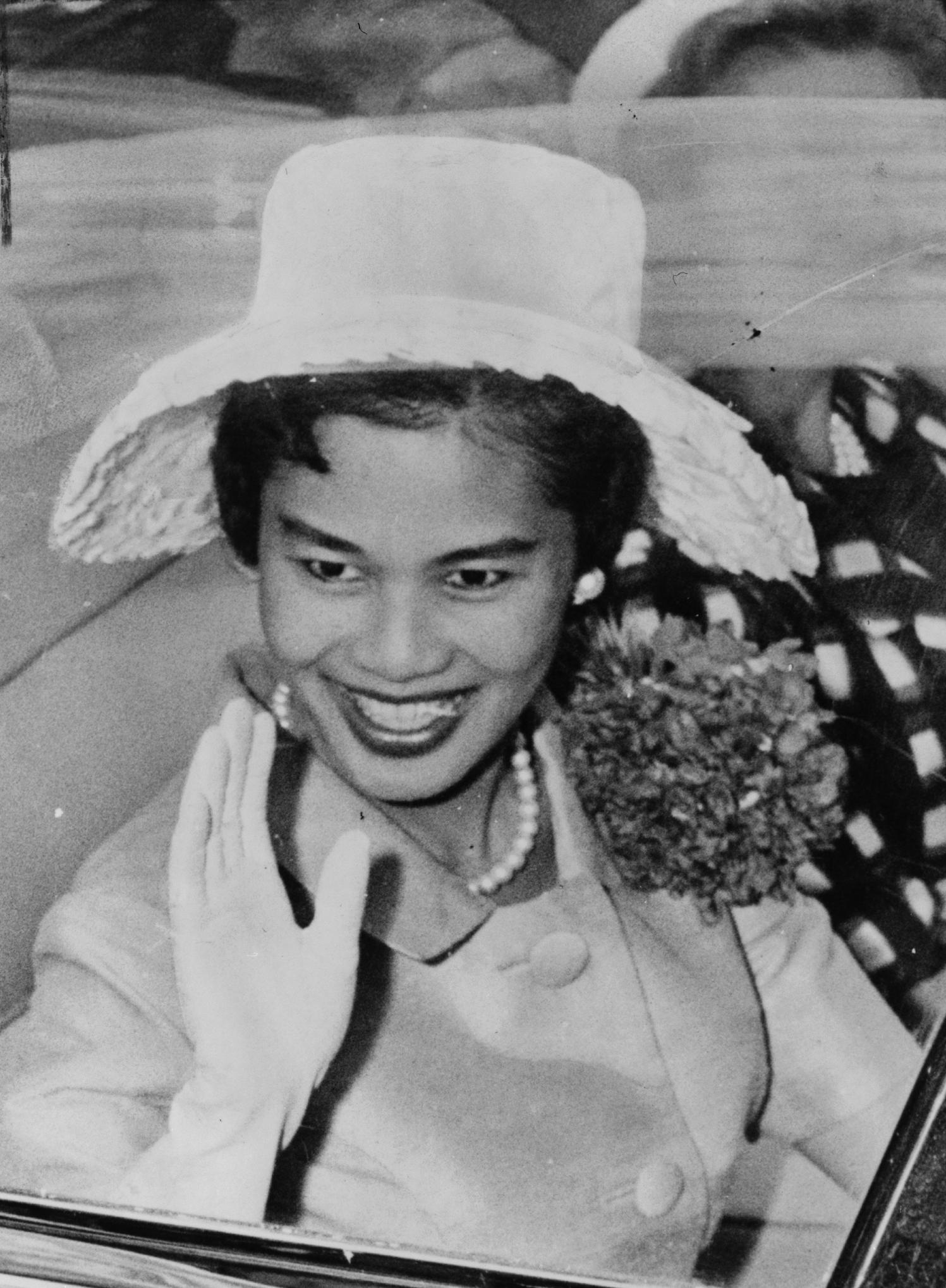 Queen Sirikit of Thailand during a visit to New York City on July 7, 1960, A ticker-tape parade was given in honor of her and King Bhumibol Adulyadej on that date. Photo taken by Phil Stanziola, New York World Telegram staff photographer. From the Library of Congress New York World-Telegram & Sun Collection.