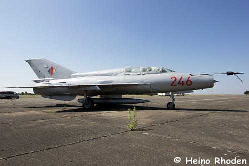 Mikojan-Gurewitsch_MiG-21_US_241.jpg