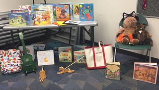 Sing Books 8/9/2018 at Reston Regional Library. Wonderful group and lots of great songs about animals!