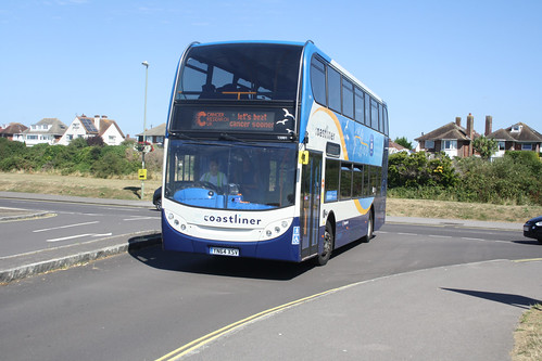Stagecoach South 15991 YN64XSV