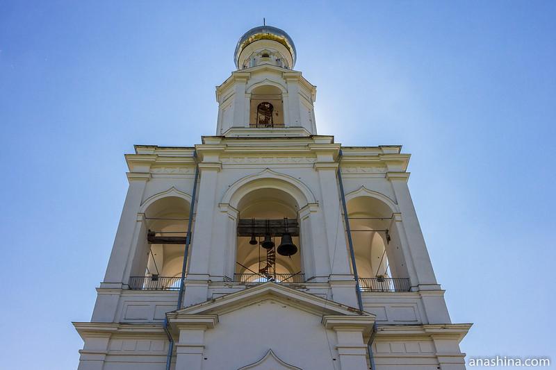 Надвратная колокольня Юрьева монастыря, Великий Новгород