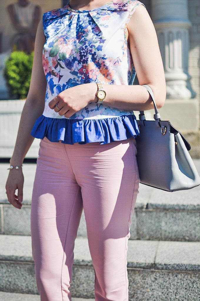 crop_top_with_ruffle-19