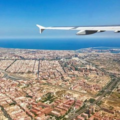 Landing in Valencia.?? ——————————————?? ?? Airbus A320?? ?? Swiss ?? ?