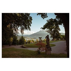 At the conservatoire, Lucerne 2018 . #leicaQ #leica #leicacamera #leicaqtyp116 #leicacraft #leica_photos #leica_uk #leica_world #leicaphotography #leica_club #twitter #geoffroyschied #35mmofmusic #city #cityscape #luzern #switzerland @ilove_lucerne @lucer