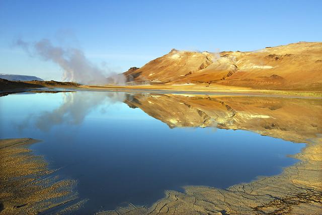 Mt Namafjall at Lake, Canon EOS 7D, Canon EF 16-35mm f/2.8L II