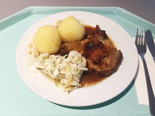 Pork roast with cole slaw & potato dumplings / Schweinebraten mit Krautsalat & Kartoffelknödel