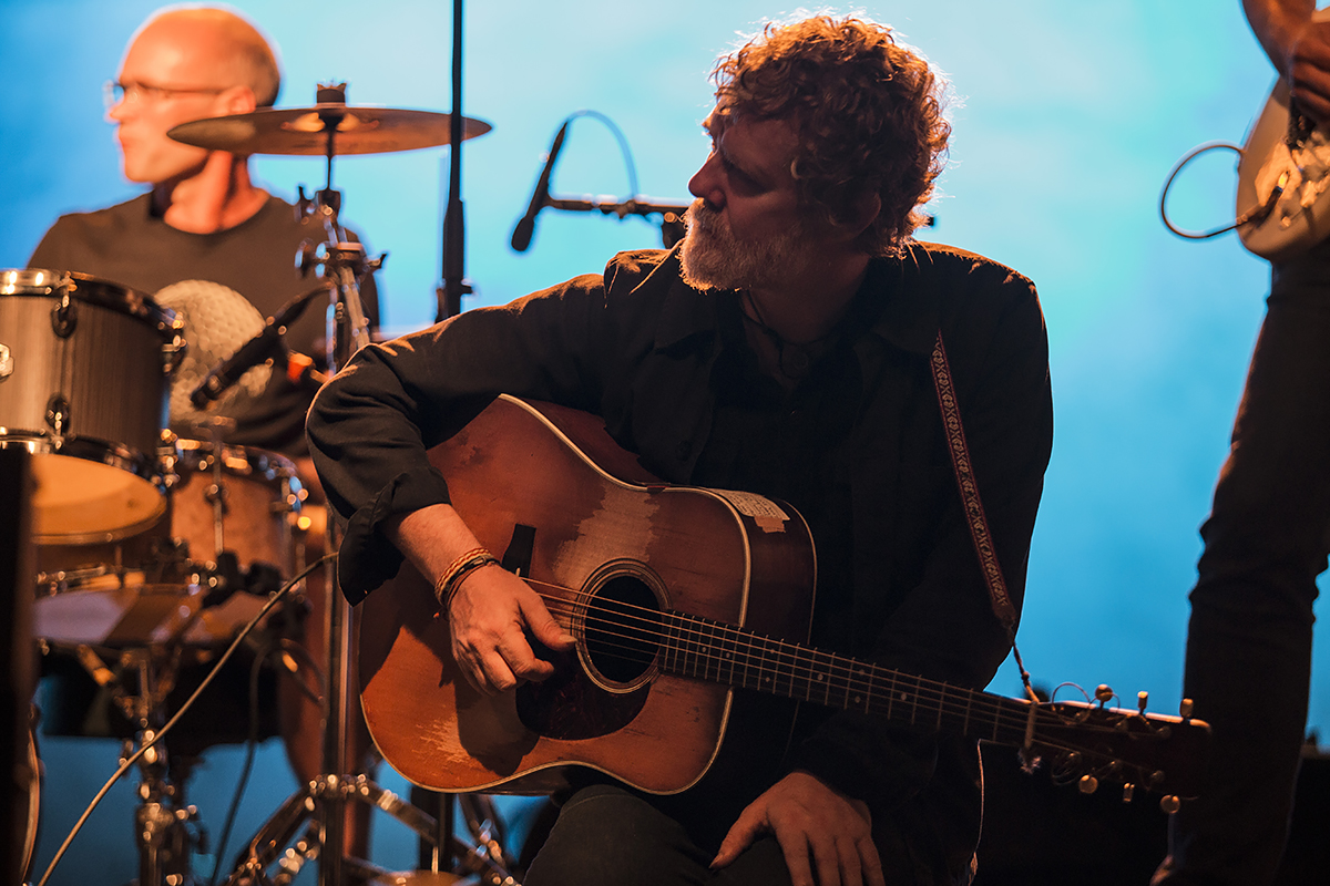 Interference with Glen Hansard