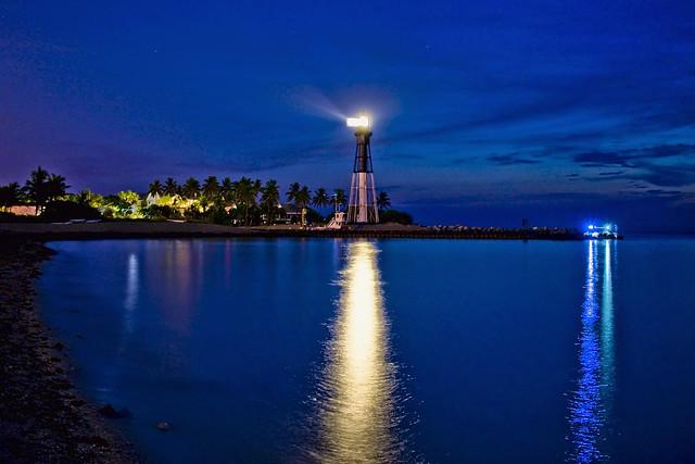 Hillsboro Inlet Light, 2801, 907 Hillsboro Mile, Hillsboro Beach, Florida, USA / Built: 1907 / Focal height: 136 feet (41 m) / Range: 28 nautical miles (52 km; 32 mi)