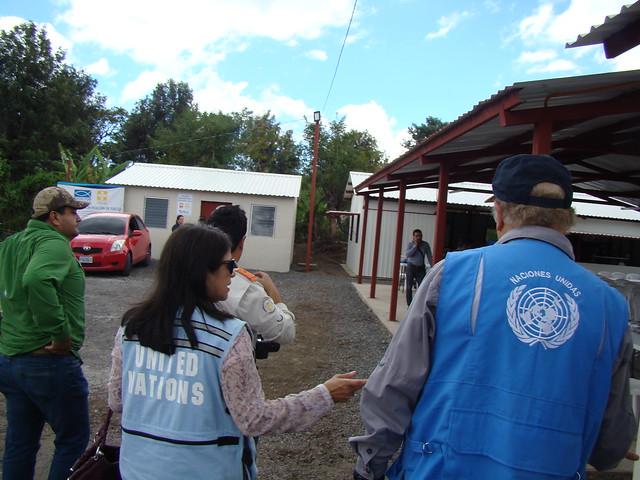 Reconociendo el trabajo humanitario