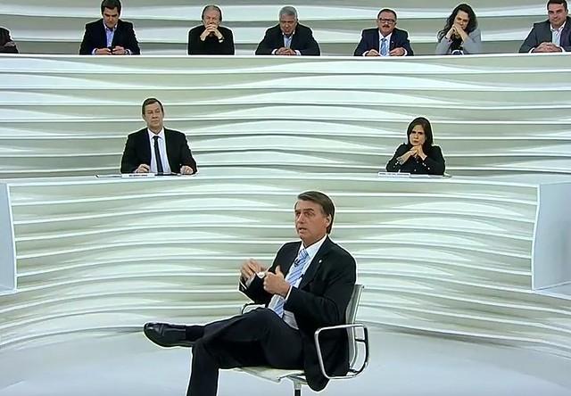 Jair Bolsonaro (PSL) participou do programa Roda Viva, da TV Cultura, nesta segunda-feira (30) - Créditos: Reprodução