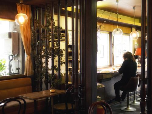 津の喫茶店:中村珈内装琲