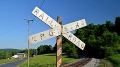 Vintage railroad crossbuck, May 24, 2018