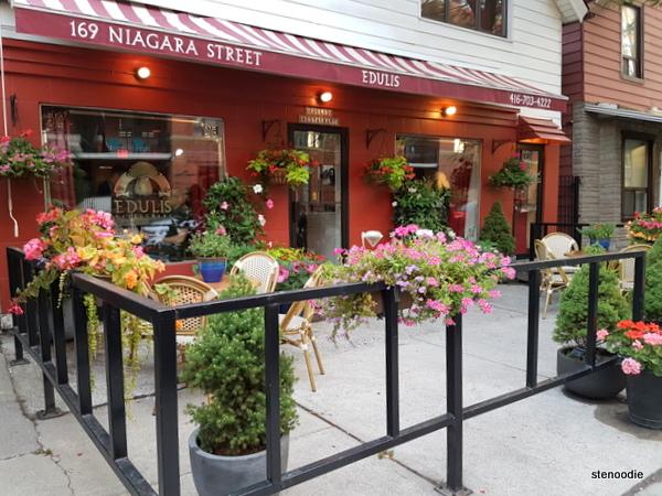 Edulis Restaurant storefront