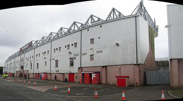 Broadwood Stadium, Mainstand (Stitch)