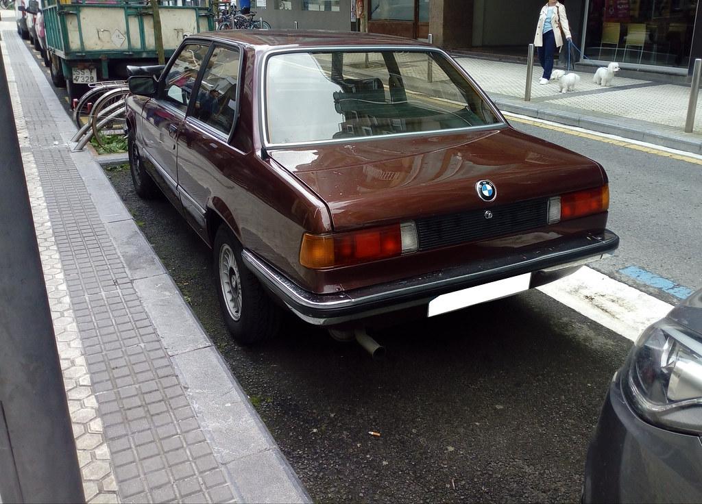 BMW SERIE 3 E21 COUPÉ