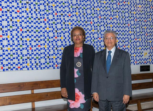 18.06. Inauguração de painel de azulejo doado pela Missão do Brasil junto à CPLP