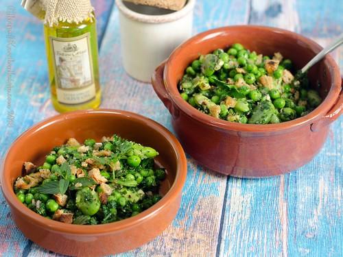 Erbsen und Dicke Bohnen mit knusprigen Bröseln - Salada de favas e ervilhas (2)
