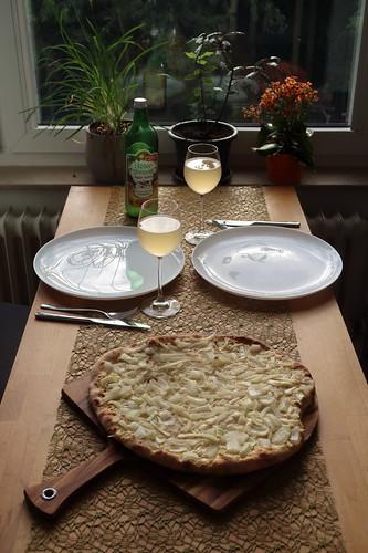 Zwiebelkuchen-Pizza zum Federweißer