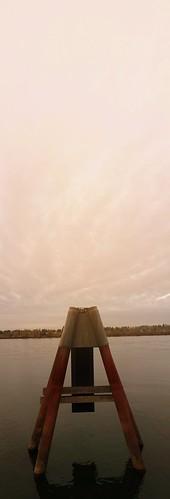 redlionhotel haydenisland keepportlandweird portland pdx pdxjohnny99 sunset pier portlandia pacificnorthwest pnw