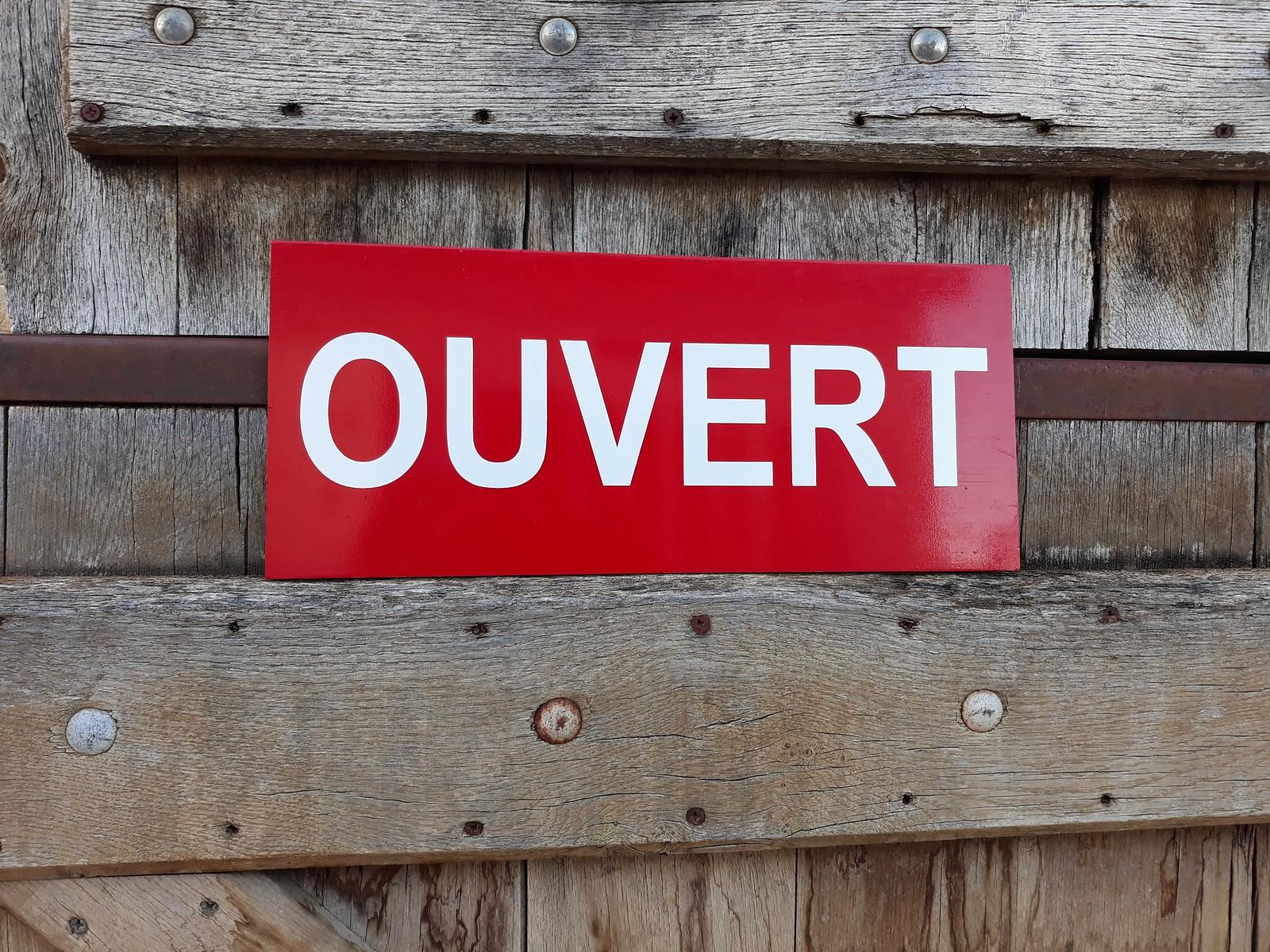 "Pancarte ""ouvert"""