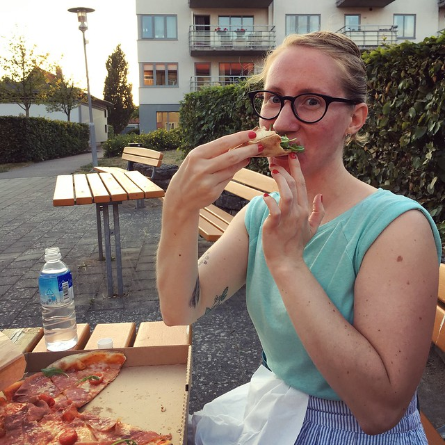 monday, post work out pizza for dinner, me, helsingborg