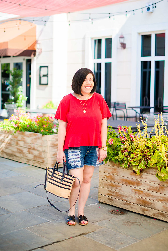 My Favorite Denim Shorts in My Closet-@headtotoechic-Head to Toe Chic