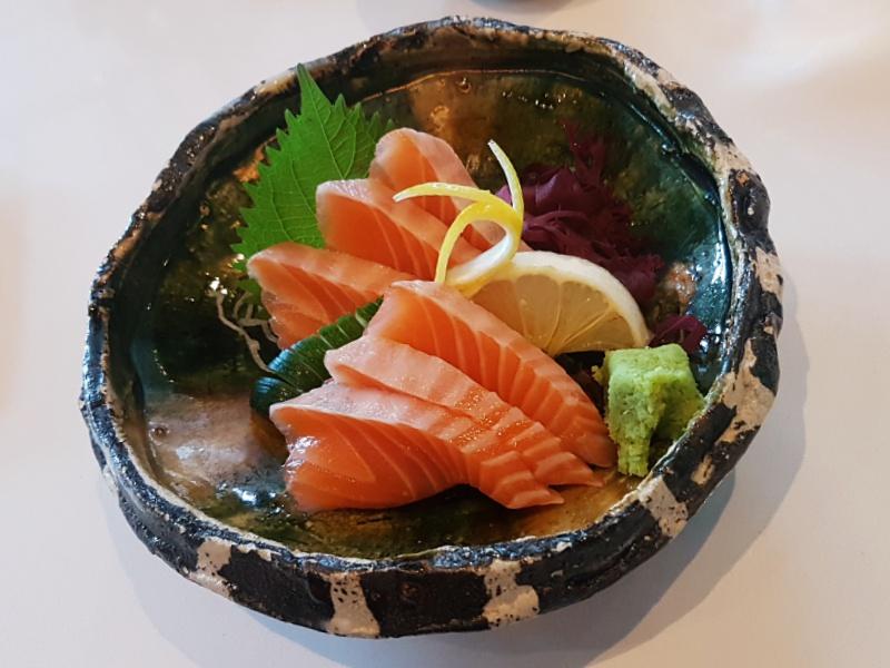 Miku sashimi