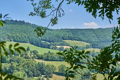 Walk in the country starting in Servieres - Photo of Rieutort-de-Randon