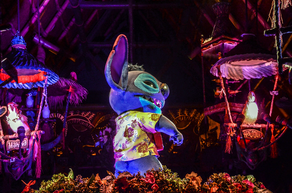 Stitch Tiki Room TDL