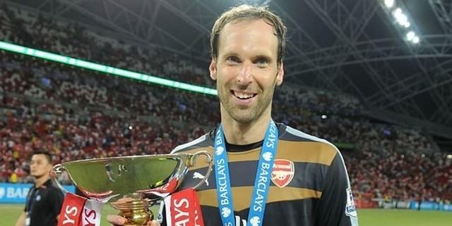 Unai Emery: Petr Cech Masih Kiper Nomor Satu Untuk Arsenal!