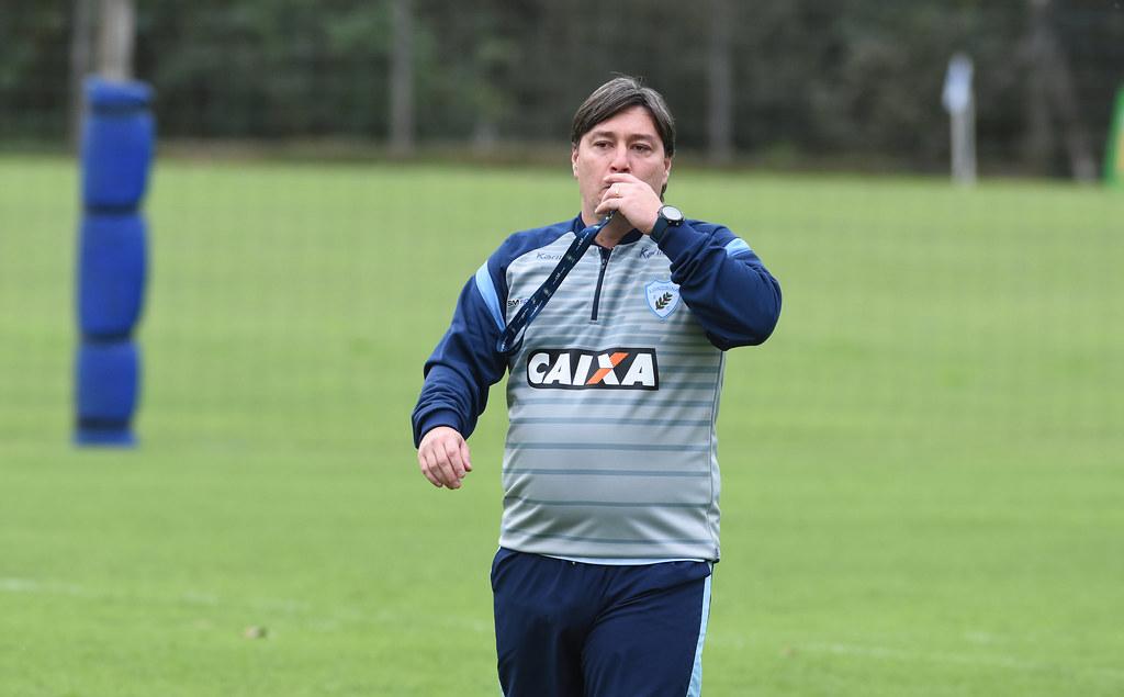 RobertoJunior_Londrina_06-08-2018_Foto_GustavoOliveira_01_