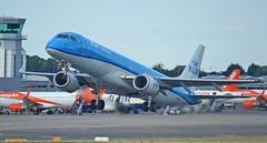 KLM PH-EXD - Embraer E190