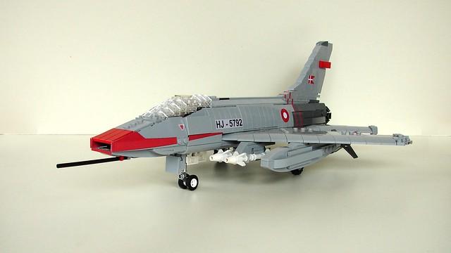 NA F-100 Super Sabre 100 (11)
