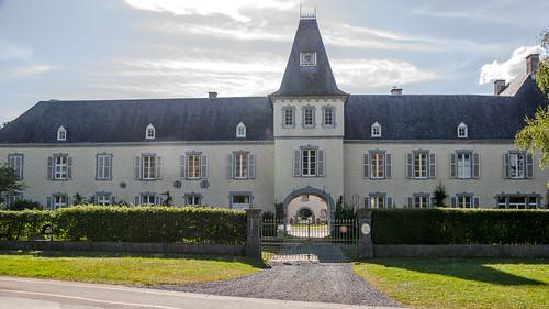 Tellin, kasteel van Resteigne