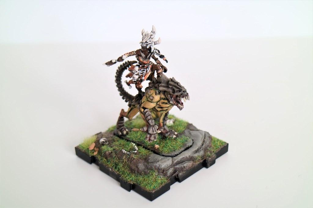 Runewars Miniatures Kethra A'laak Mounted