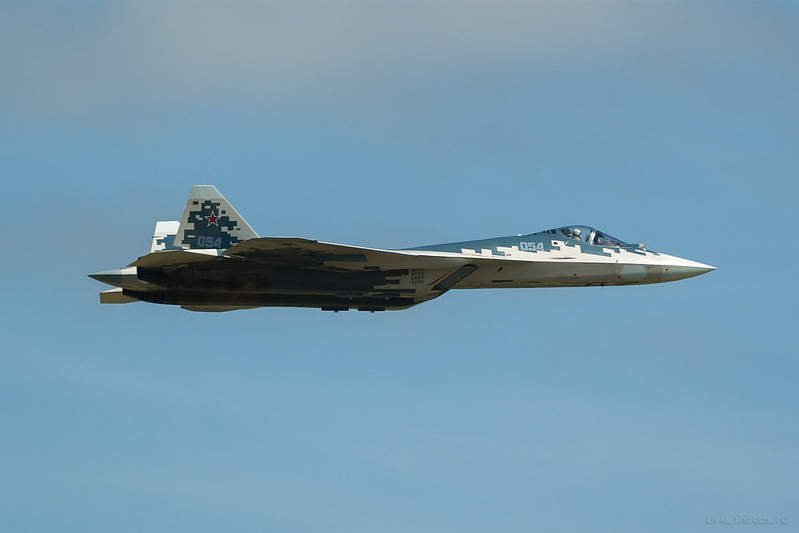 Sukhoi_Su-57_054blue_Russia-Airforce_070_D808490