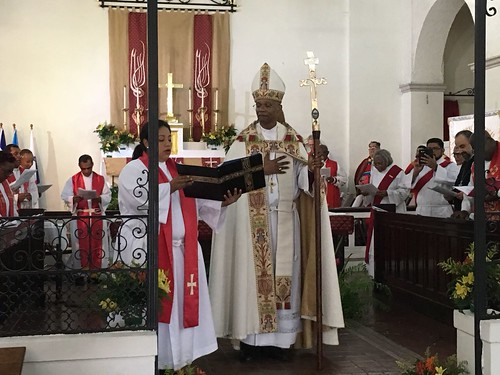 Scenes from the installation of Archbishop Julio Murray as Primate of the Anglican Church of Central America Region - f